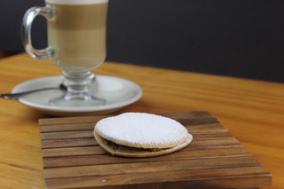 Alfajor-La-Kausa-Restaurant-NJ
