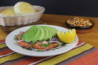 Ensalada-palta-La-Kausa-Restaurant-NJ