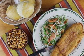 Pescado-frito-La-Kausa-Restaurant-North-Bergen-New-Jersey