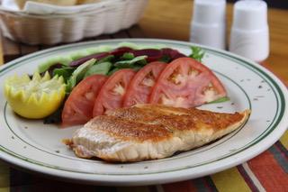 Salmon-a-la-plancha-La-Kausa-Restaurant-NJ